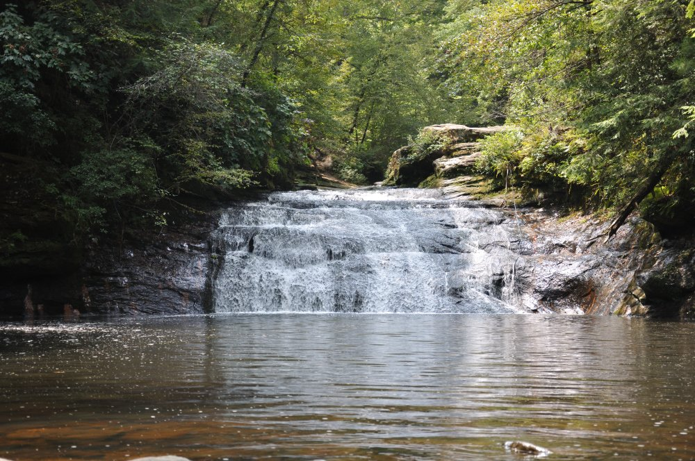 picture from the bottom of Kinlock Falls Alabama