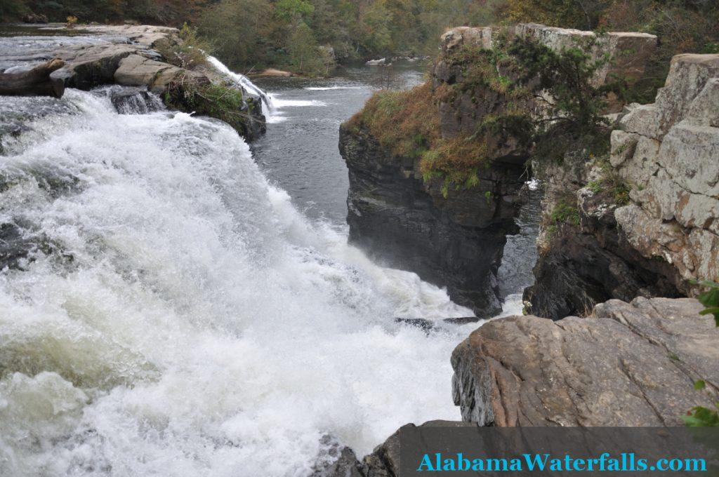 High Falls natural arch