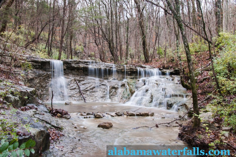 Fagan Creek is located in Monte Sano Nature Preserve.  It may be a short falls but the beauty sure is not lacking.